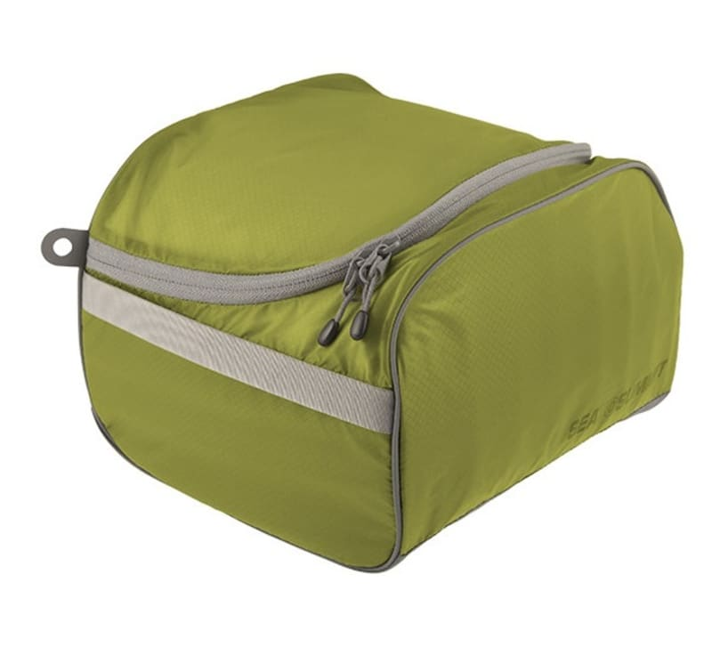 Travelling Light Toiletry Cell L